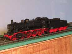DR BR38.2 in HO scale
